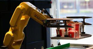 KFC abre un restaurante basado al 100% en robótica