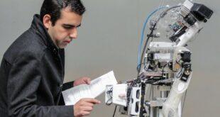 Investigador crea robot que reconoce y recuerda personas, además de realizar tareas cotidianas